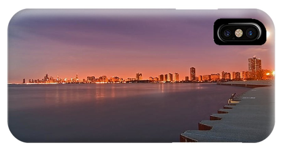 Moon IPhone Case featuring the photograph Full Moon Setting And Chicago Skyline by Sven Brogren