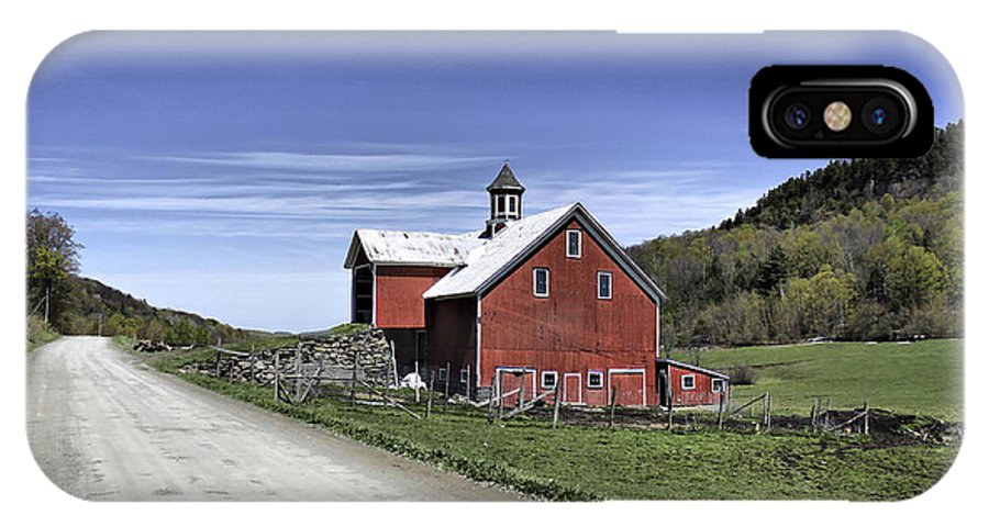 Rural IPhone X Case featuring the photograph Gallop Road Barn by Deborah Benoit