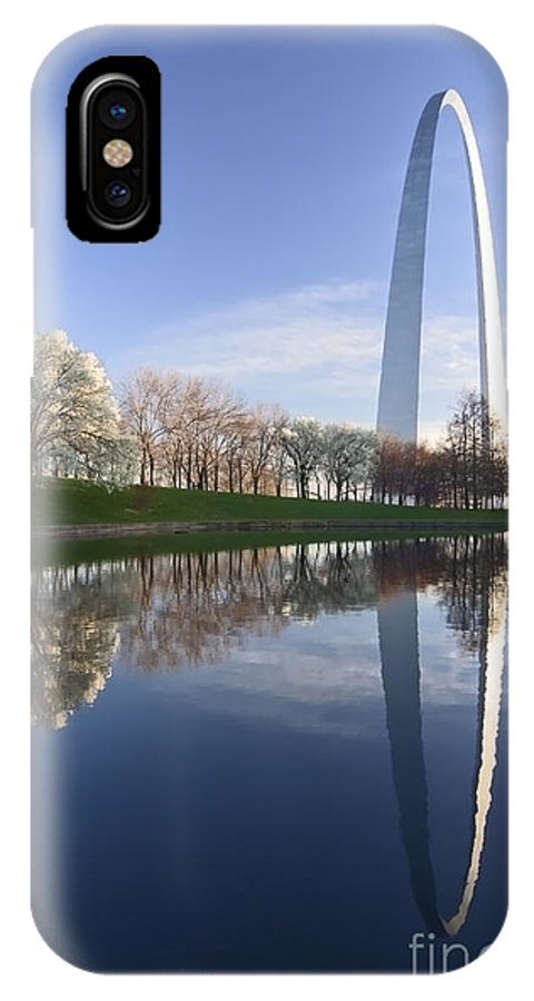 Gateway Arch IPhone Case featuring the photograph Gateway Arch And Reflection by Sven Brogren