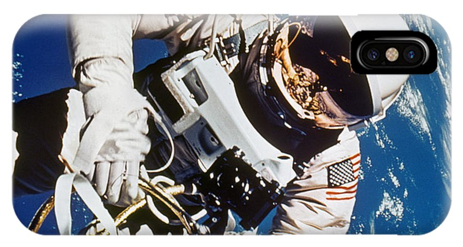 1965 IPhone X Case featuring the photograph Gemini 4: Spacewalk, 1965 by Granger