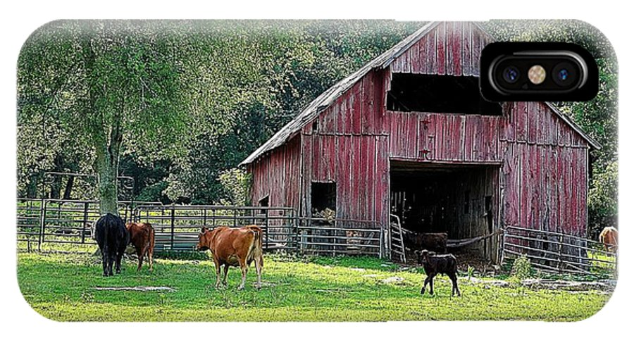 Landscapes IPhone X Case featuring the photograph Gladeville Farm by Jan Amiss Photography
