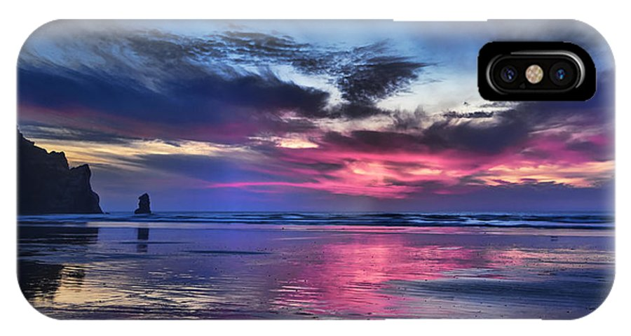 California IPhone X Case featuring the photograph Glorious Glow by Cheryl Strahl
