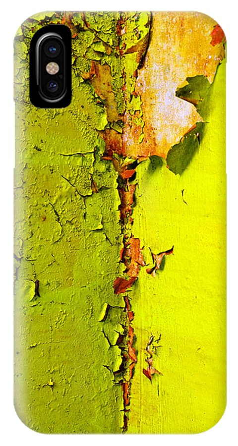 Skip Hunt IPhone Case featuring the photograph Going Green by Skip Hunt