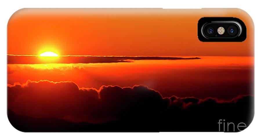 Sunrise IPhone X / XS Case featuring the photograph Maui Hawaii Haleakala National Park Sunrise IIi by Jim Cazel