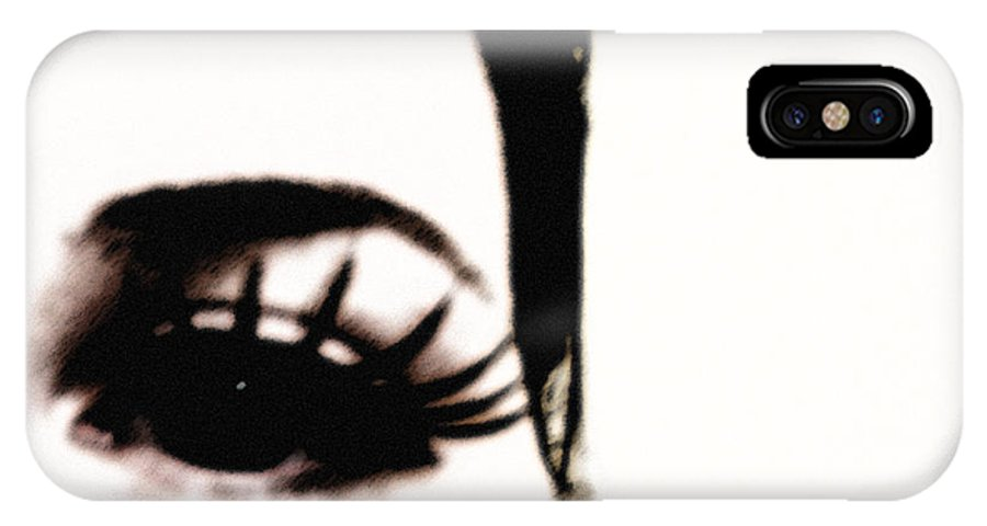 Eye IPhone Case featuring the photograph Hello by Amanda Barcon