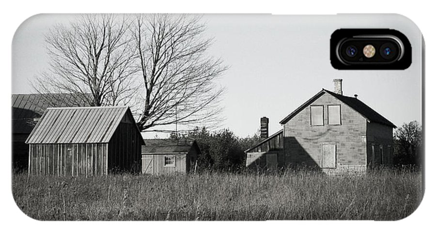 Deserted IPhone X Case featuring the photograph Homestead by Tim Nyberg
