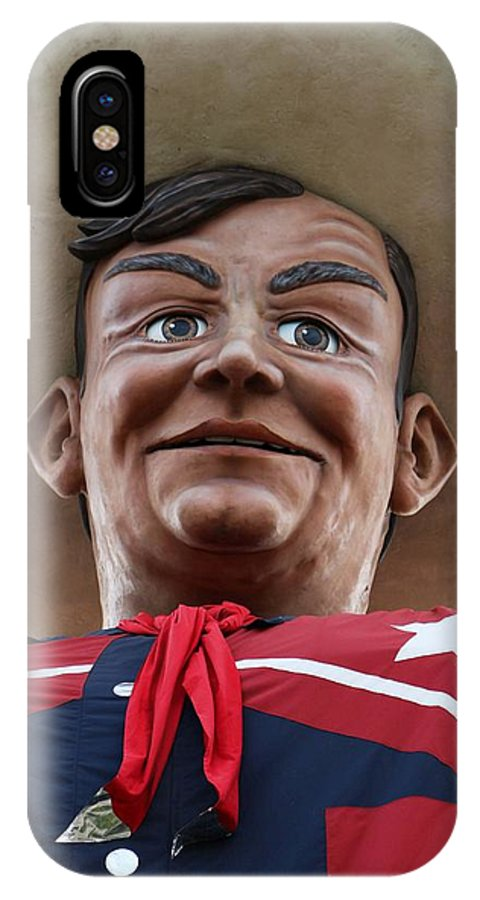 Big Tex IPhone X Case featuring the photograph Howdy Folks - Big Tex Portrait 02 by Pamela Critchlow