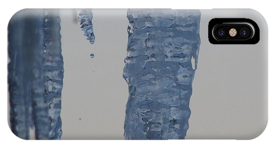 Icicles IPhone Case featuring the photograph Icicles 1 by Melissa Parks