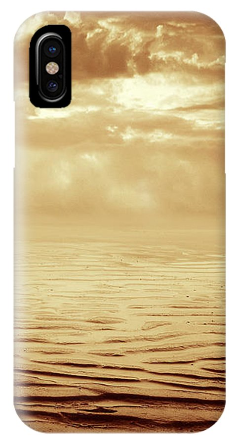 Dipasquale IPhone Case featuring the photograph Illusion Never Changed Into Something Real by Dana DiPasquale