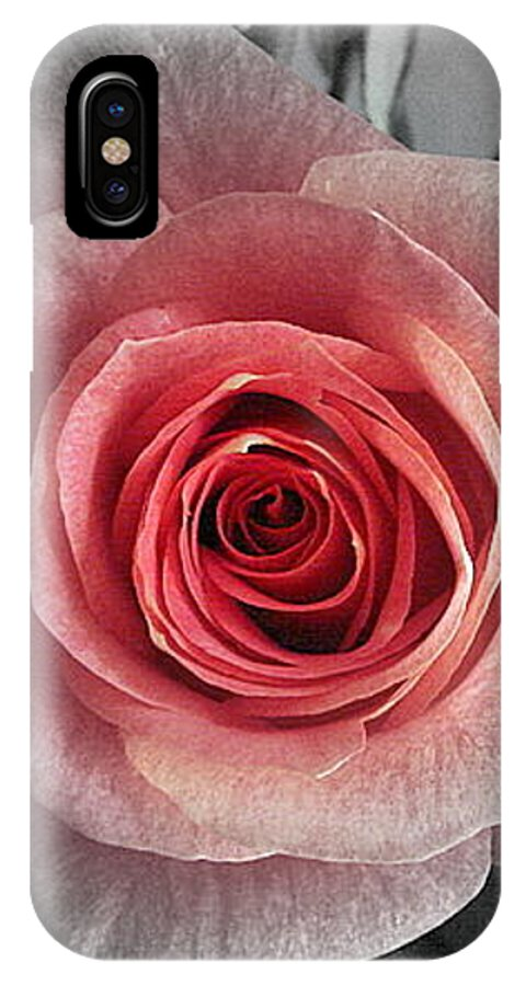 Rose Red Blackandwhite IPhone X Case featuring the photograph In The Center by Luciana Seymour