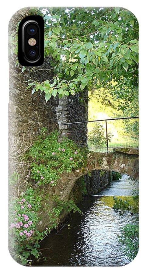 Inistioge IPhone X Case featuring the photograph Inistioge by Kelly Mezzapelle