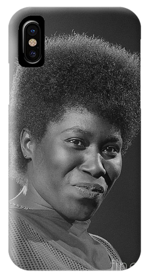 Photo IPhone X Case featuring the photograph Joan Armatrading 4 by Philippe Taka