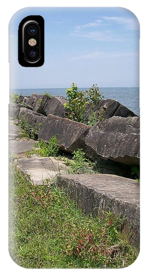 Lake IPhone X / XS Case featuring the photograph Lake Front Park by Sara Raber
