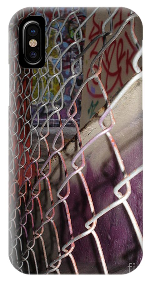 Urban Art IPhone X Case featuring the photograph Layers Of Urbanity by Chandelle Hazen