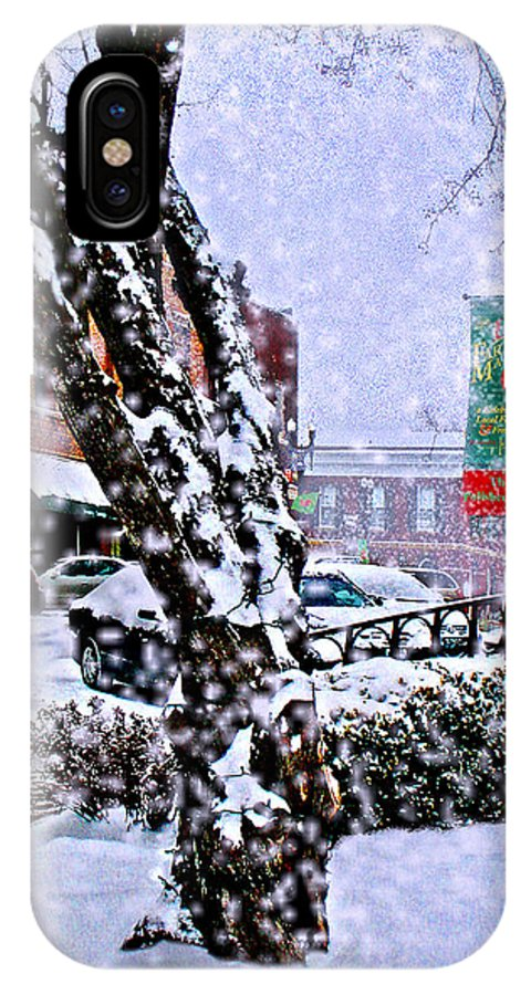 Landscape IPhone X Case featuring the photograph Liberty Square In Winter by Steve Karol