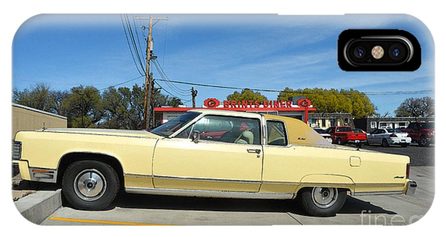 Lincoln Continental IPhone X Case featuring the photograph Lincoln Continental At Brint's Diner by Catherine Sherman