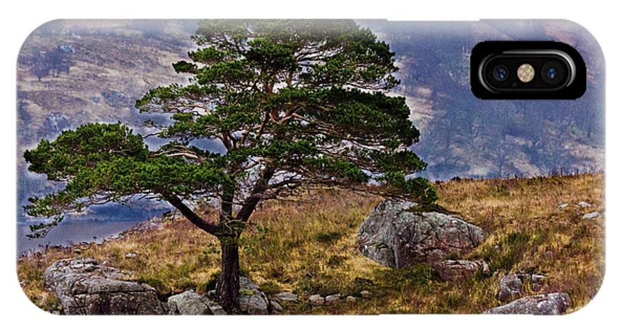 Landscape IPhone X Case featuring the photograph Lonesome Pine by Derek Beattie