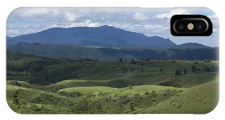 Atherton Tablelands IPhone X Case featuring the photograph Looking East by Kerryn Madsen-Pietsch