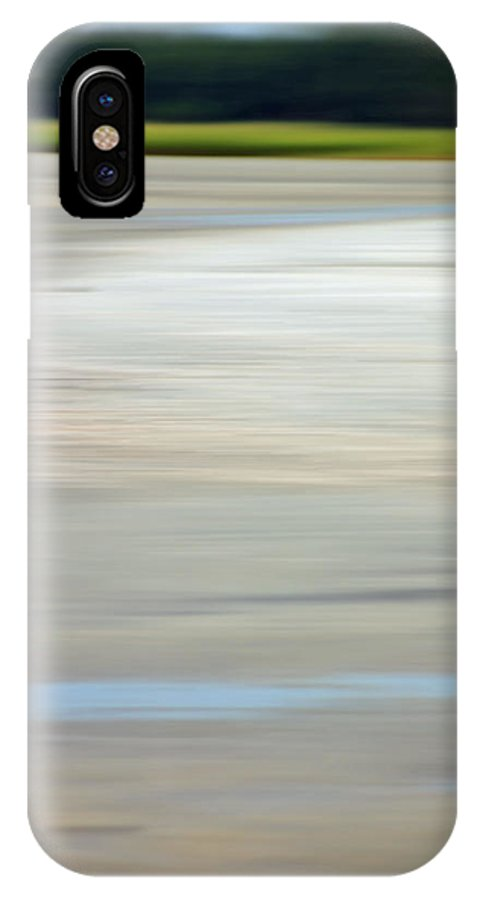 Coastal IPhone X Case featuring the photograph Low Country Coastal Blur by Suzanne Gaff