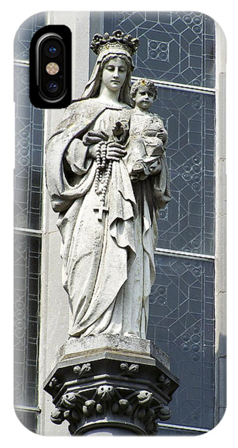 Ireland IPhone X Case featuring the photograph Madonna And Child by Teresa Mucha