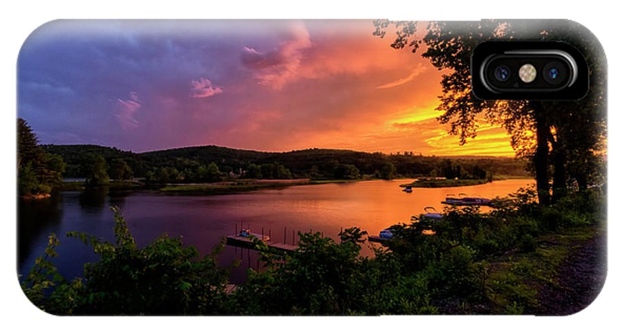 The Brattleboro Retreat Meadows IPhone X Case featuring the photograph Marina Sunset by Tom Singleton