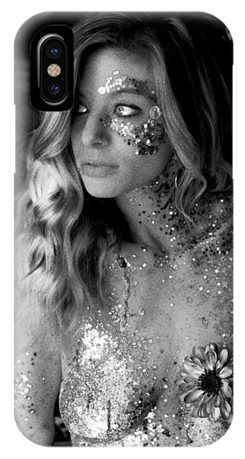 Melissa Sparkles IPhone X Case featuring the photograph Melissa Sparkles by Bill Munster