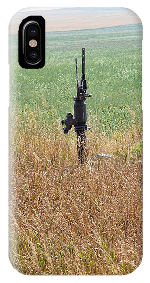 Memory's IPhone X Case featuring the photograph Memory's Of Water Pumped by Ed Mosier
