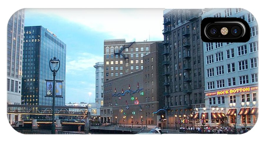 Milwaukee IPhone Case featuring the photograph Milwaukee River Walk by Anita Burgermeister