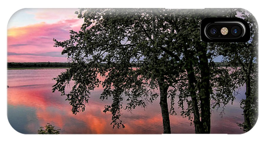 Lake Sunset IPhone X Case featuring the photograph Minnesota Sunset by Richard Stedman