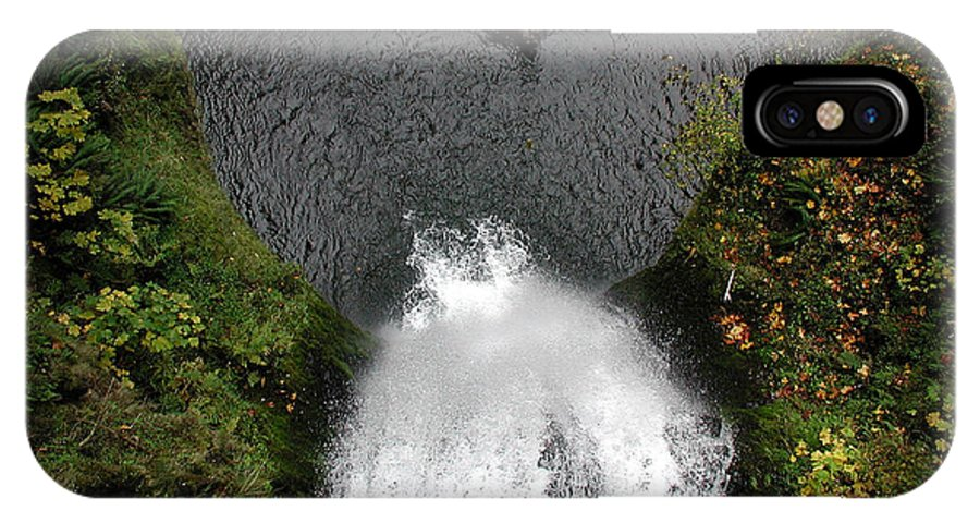 Multnomah Falls IPhone X Case featuring the photograph Multnomah Falls - 4 by D'Arcy Evans