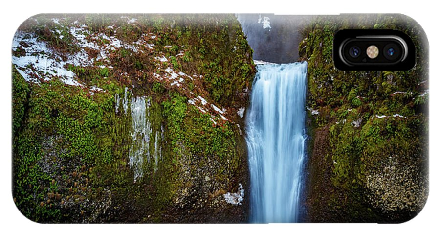 Multnomah Falls IPhone X Case featuring the photograph Multnomah Falls With Ice by Mike Penney