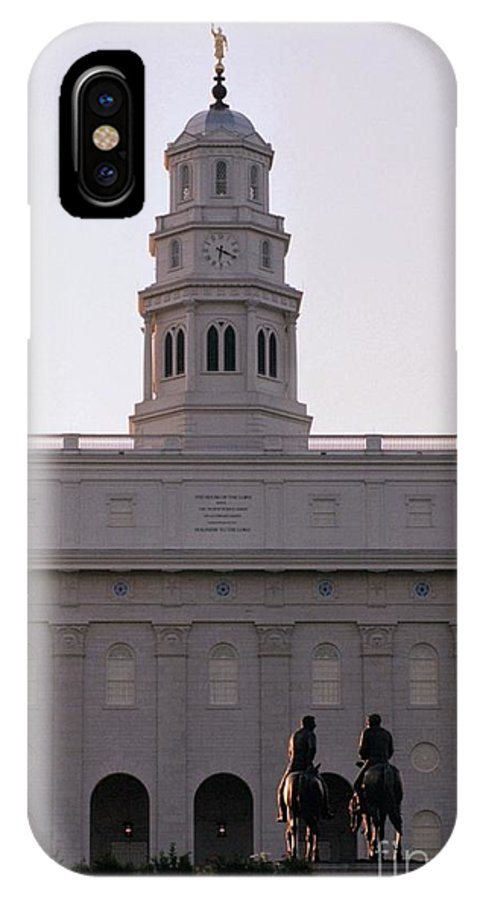 Nauvoo IPhone X Case featuring the photograph Nauvoo Temple Dawn With Bronze Sculpture Of Hyrum And Joseph Smith by Kim Corpany