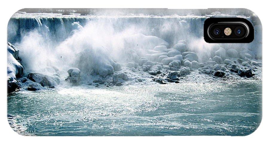 Niagara Falls IPhone X Case featuring the photograph Niagara Falls Winter by Ariane Moshayedi
