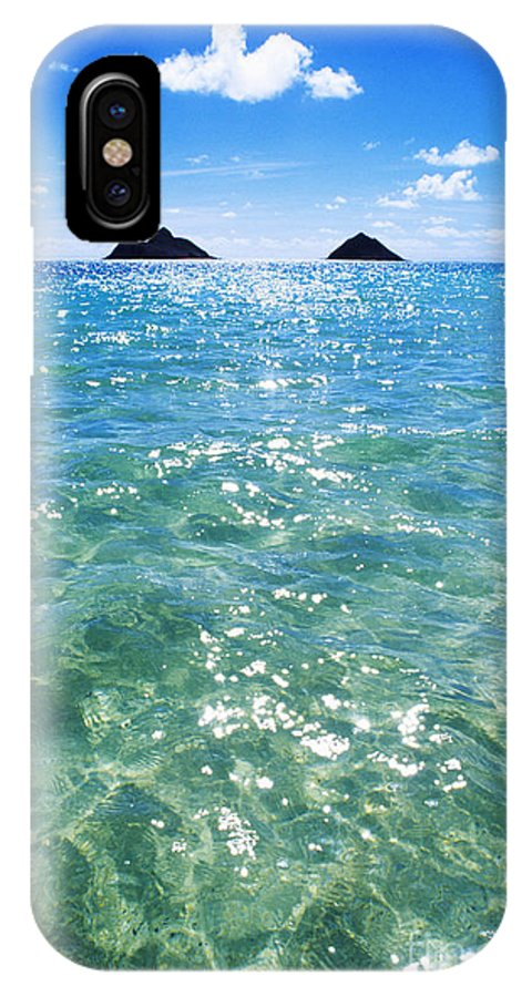 05-pfs0112 IPhone X Case featuring the photograph Oahu, Lanikai Beach by Carl Shaneff - Printscapes