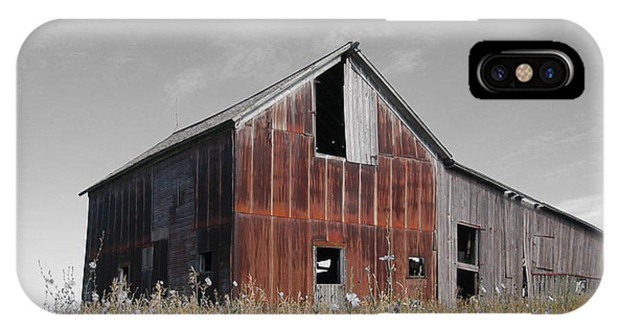 Color Desaturation IPhone X Case featuring the photograph Odell Barn V by Dylan Punke