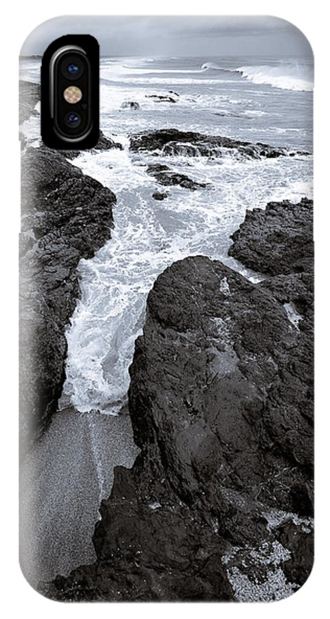 New Zealand IPhone X Case featuring the photograph On The Rocks by Dave Bowman