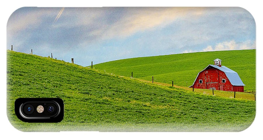 Palouse IPhone X Case featuring the photograph Palouse Barn by John Willy