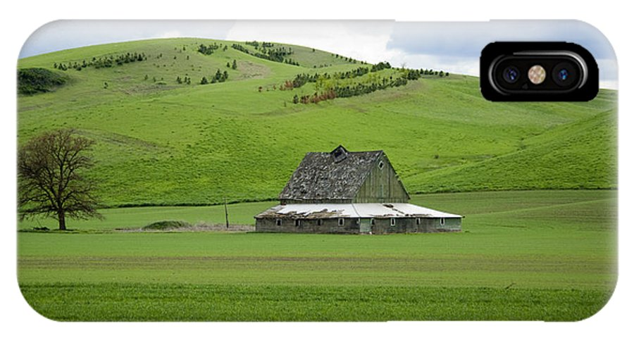 Palouse IPhone X Case featuring the photograph Palouse Old Barn by Louise Magno