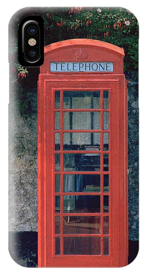 Great Britain IPhone X Case featuring the photograph Phone Booth by Flavia Westerwelle