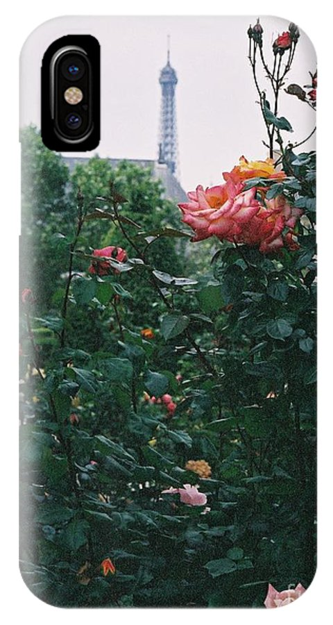 Roses IPhone X Case featuring the photograph Pink Roses And The Eiffel Tower by Nadine Rippelmeyer