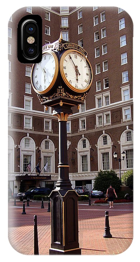 Poinsett Hotel IPhone X Case featuring the photograph Poinsett Hotel Greeenville Sc by Flavia Westerwelle