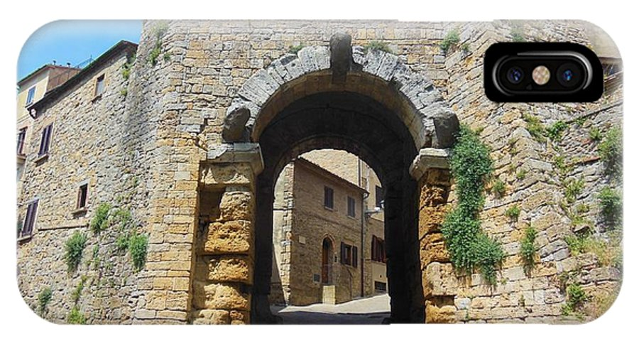 Volterra IPhone X Case featuring the photograph Porta All' Arco Volterra by Marilyn Dunlap