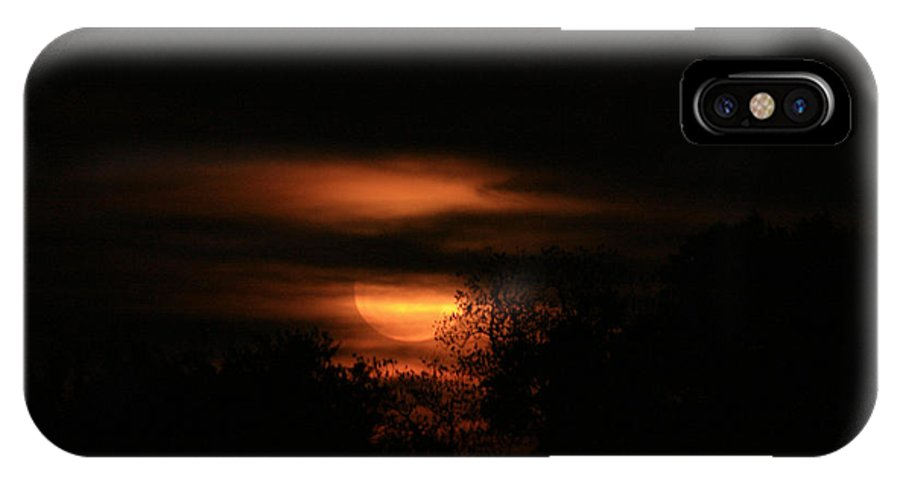 Full Moon IPhone X Case featuring the photograph Red Moon Rising by Danean Ermentrout
