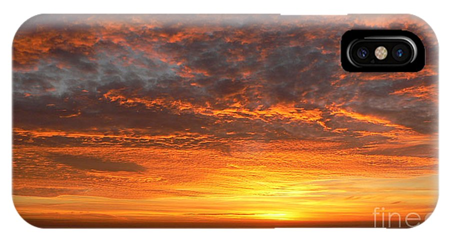 Northwest IPhone X Case featuring the photograph Red Skies At Night by Larry Keahey