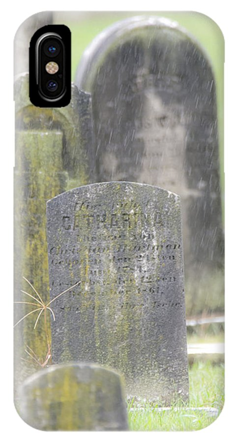 Resting Place In The Rain IPhone X Case featuring the photograph Resting Place In The Rain by Tracy Winter
