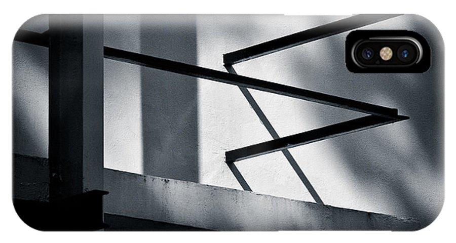 Rietveld Schroderhuis IPhone X Case featuring the photograph Rietveld Schroderhuis by Dave Bowman