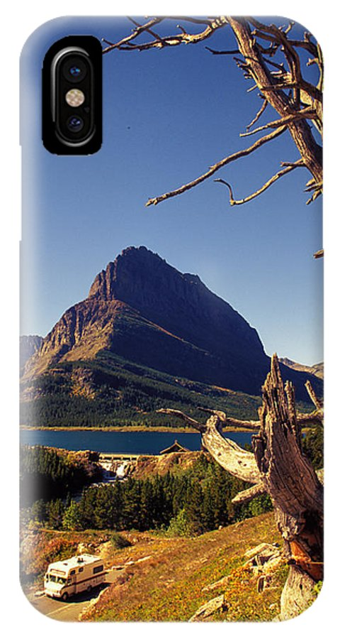 Dead Wood IPhone X Case featuring the photograph Road To The Sun by Carl Purcell