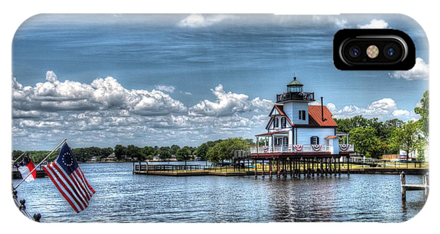 Roanoke River Lighthouse IPhone X Case featuring the photograph Roanoke River Lighthouse No. 2a by Greg Hager