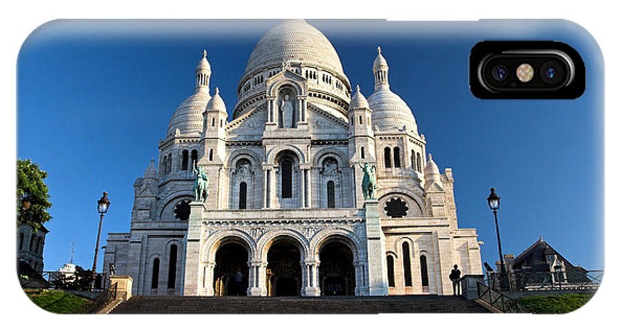 Sacre Coeur IPhone X Case featuring the photograph Sacre Coeur Montmartre Paris by Pierre Leclerc Photography