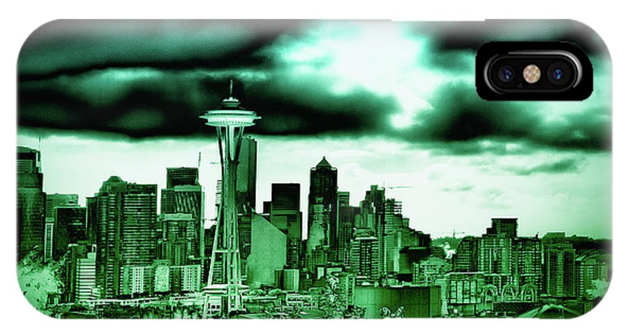 Seattle - The Emerald City IPhone X Case featuring the photograph Seattle - The Emerald City by David Patterson